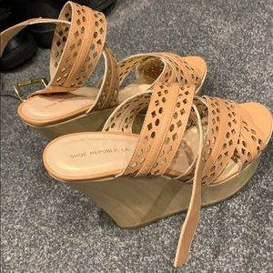 Brand new wedge shoes - - shoe republic size 8